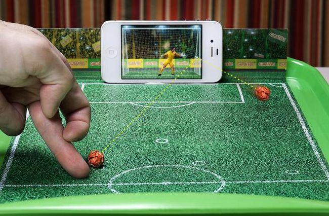 The-goal-screen-Giraffas-football-penalty-shoot-out_1