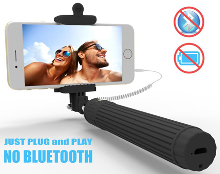 5. Kiwii Extendable, Battery-Free Selfie Stick Monopod